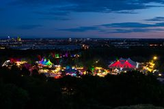 6597_Tollwood-Festival...