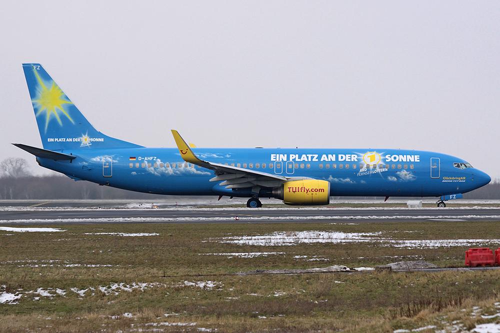 """737-800 TUIfly D-AHFZ """"GlücksbringAir""""²"""