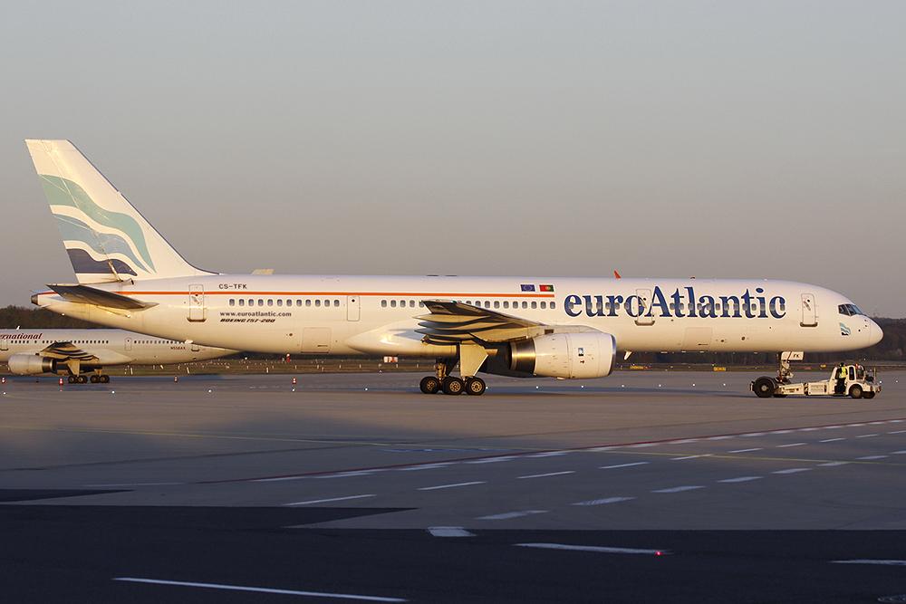757-200 euroAtlantic CS-TFK