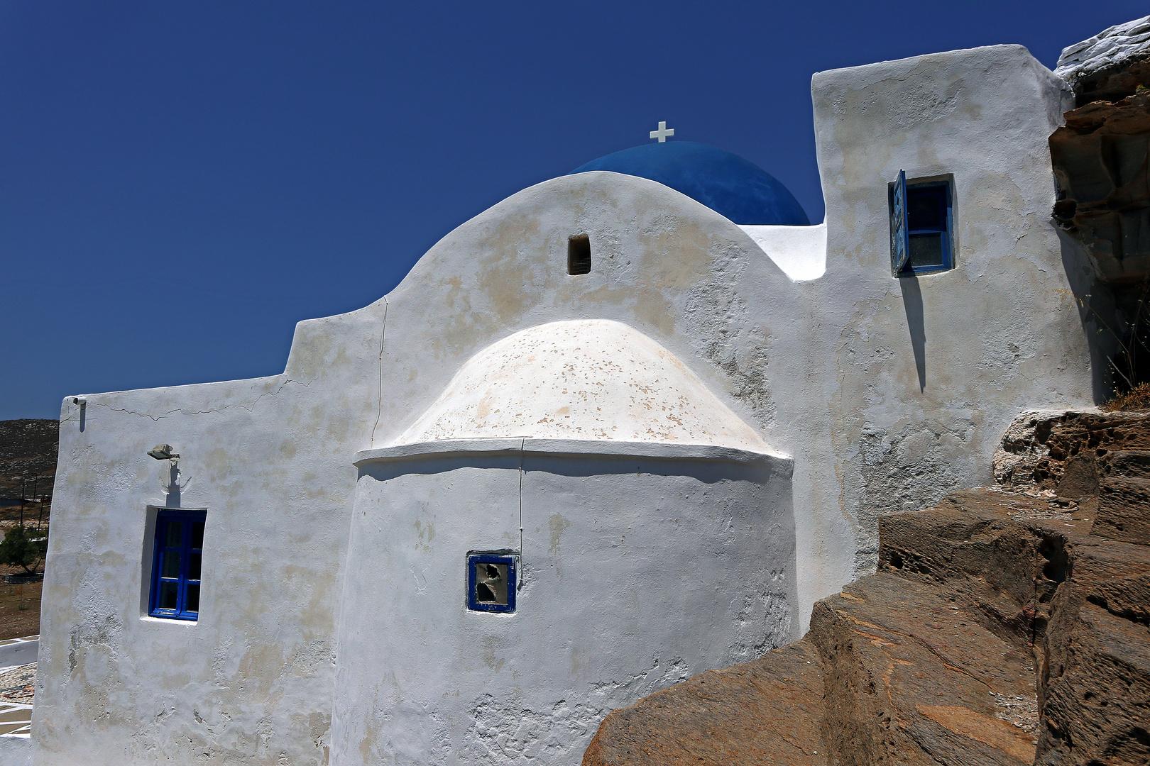 #7Roadside Chapel-Paros (outside)