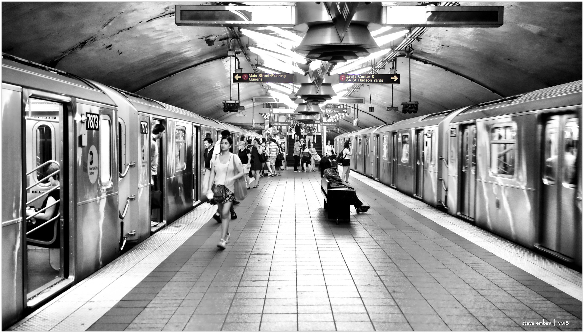 7Scape No.13 - Boarding + Departing under GCT