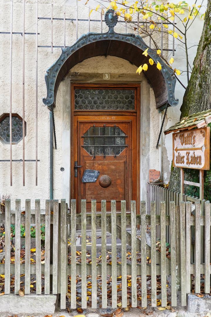 8. Tür zum Antiquitäten-Traum
