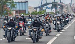 8000 Motorräder