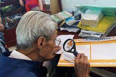 90 Jahre und noch aktiv beim Schreiben für andere