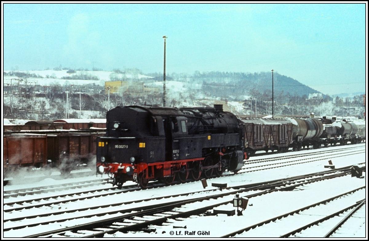 95 0027,  27. Januar 1980 der Güterbahnhof Saalfeld herrlich strahlend der blütenweißen Schnee