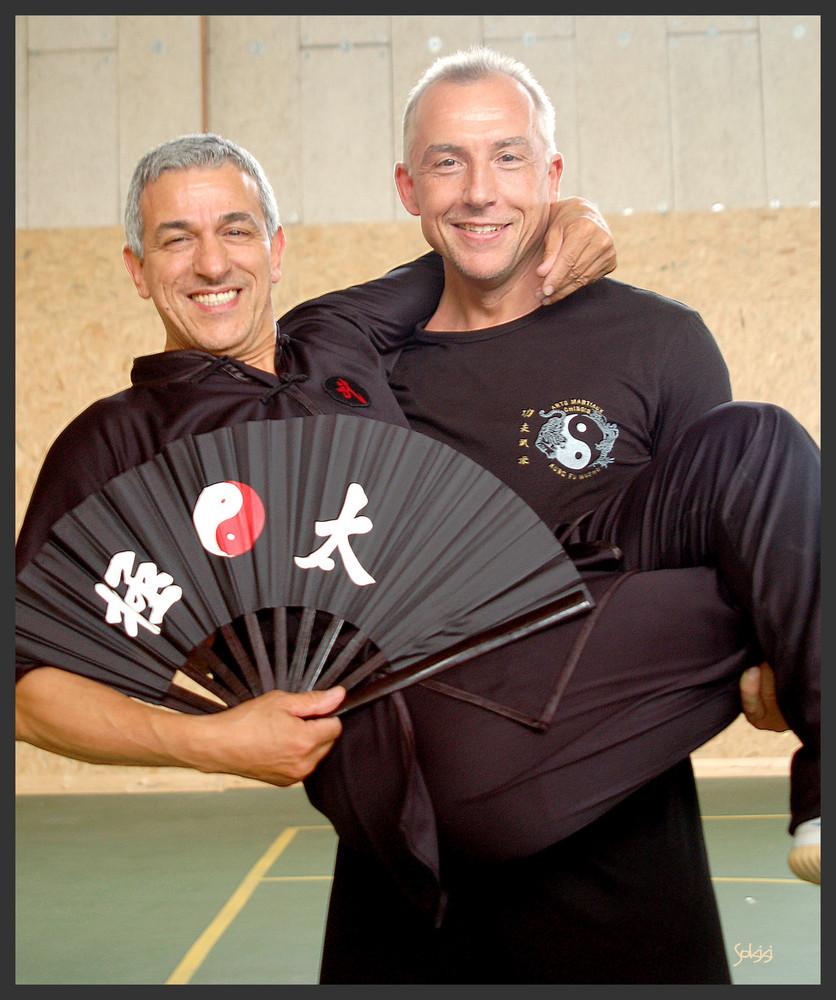 9ème et 7ème dan de Kung Fu....Détente autour d'un éventail, façon Buterflly