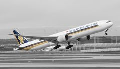 9V-SWK - Singapore Airlines - Boeing 777