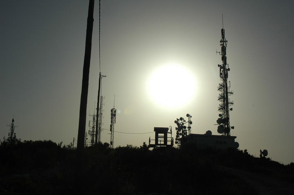 A la luz de las antenas