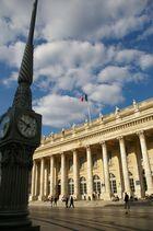 à l'heure du grand Palais Bordeaux