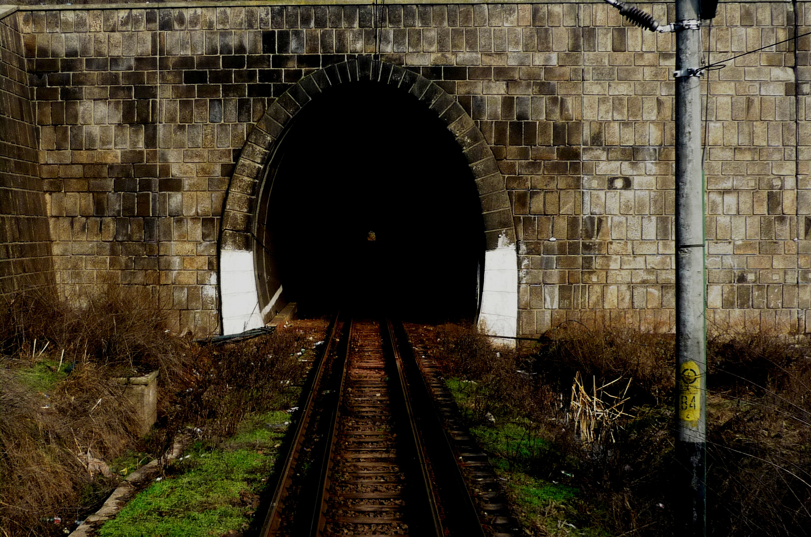 A never-ending story. The tunnel of home.