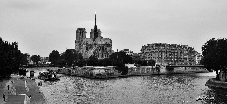 à Paris quand il fait gris
