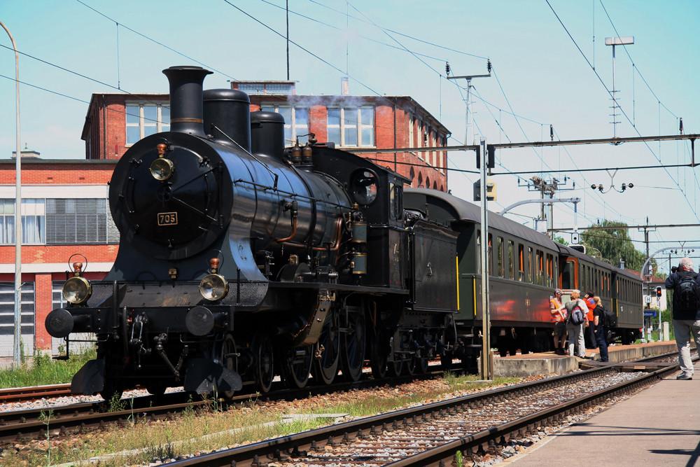 A3/5 705 im Bahnhof Arbon 2