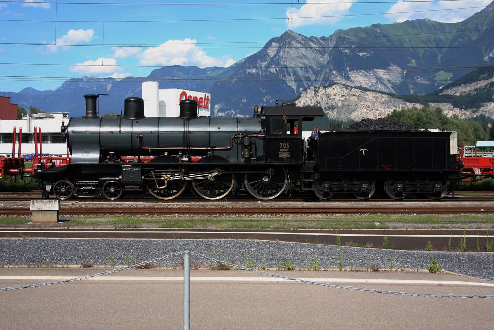 A3/5 705 im Bahnhof Sargans
