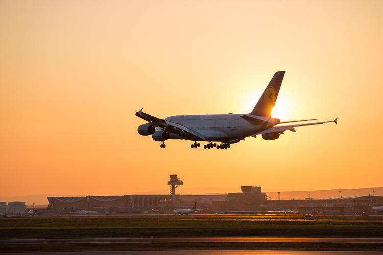 A380 am Abend
