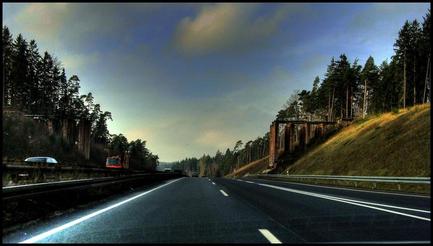 A4 mit Brücke...