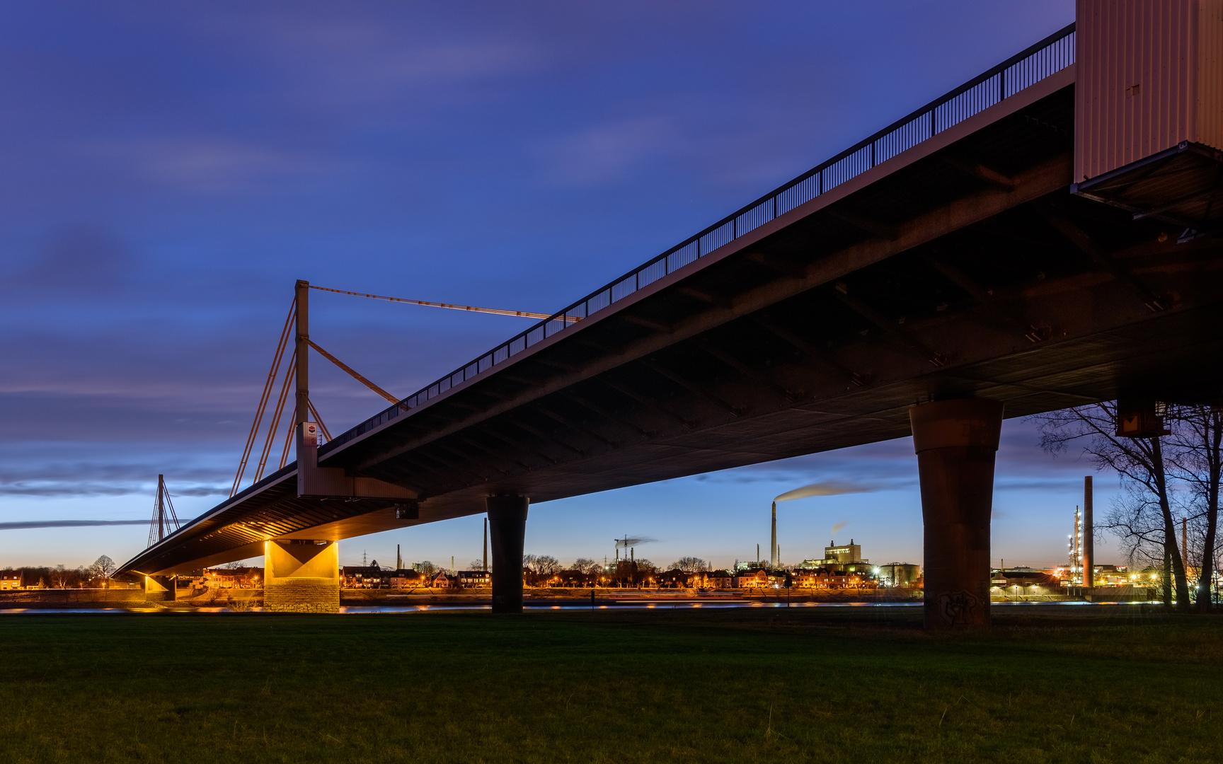 A40 Rheinbrücke Neuenkamp