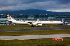 A6-EHI Etihad Airways Airbus A340-642