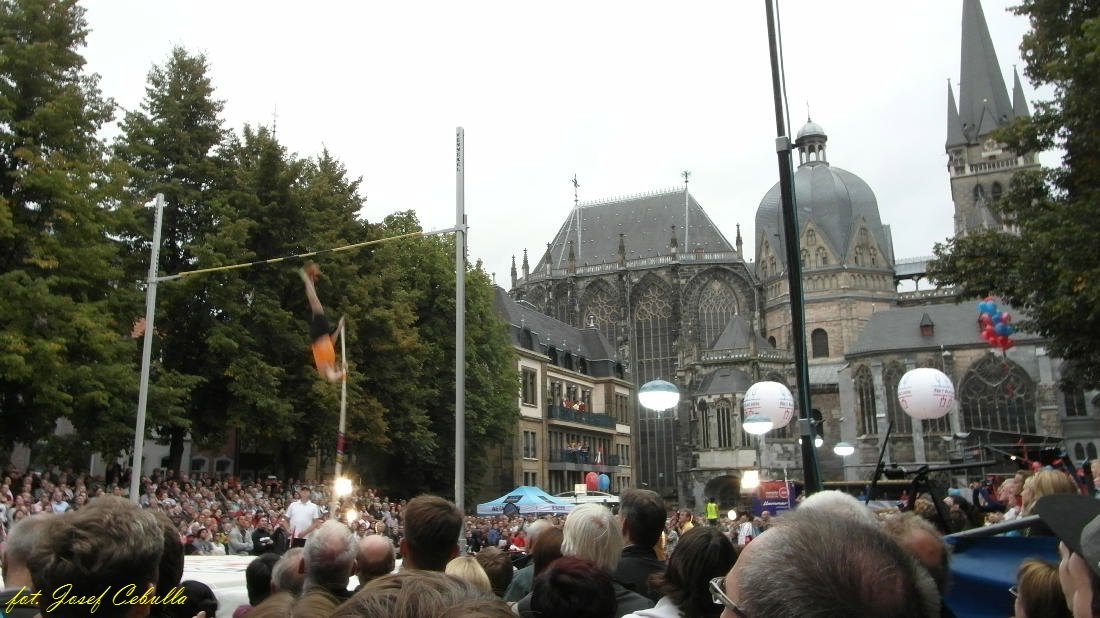 Domspringen Aachen