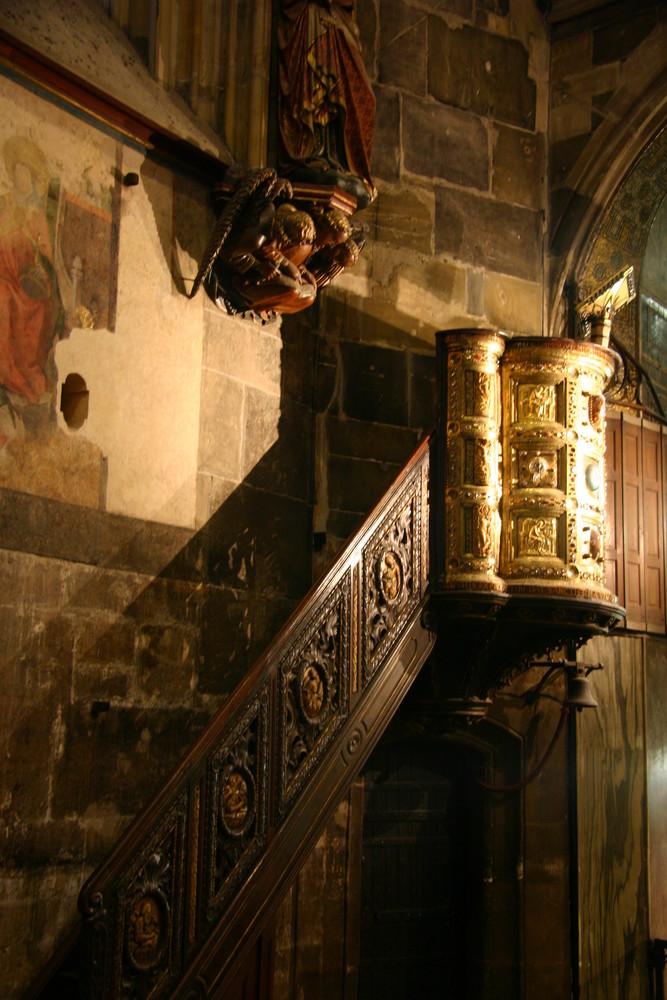 Aachener Dom - Heinrichskanzel