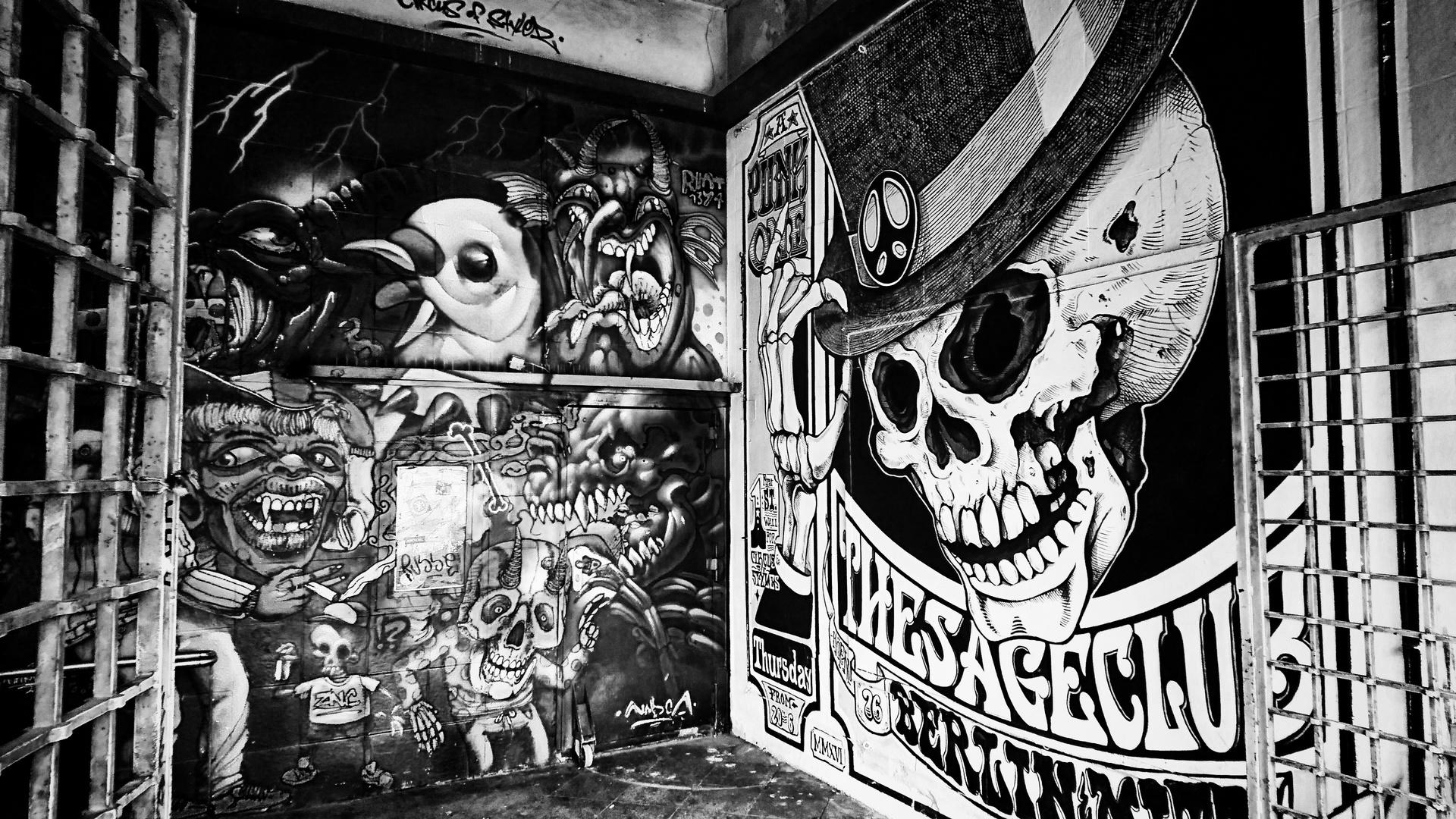 Ab In Den Berliner Untergrund Foto Bild Streetart
