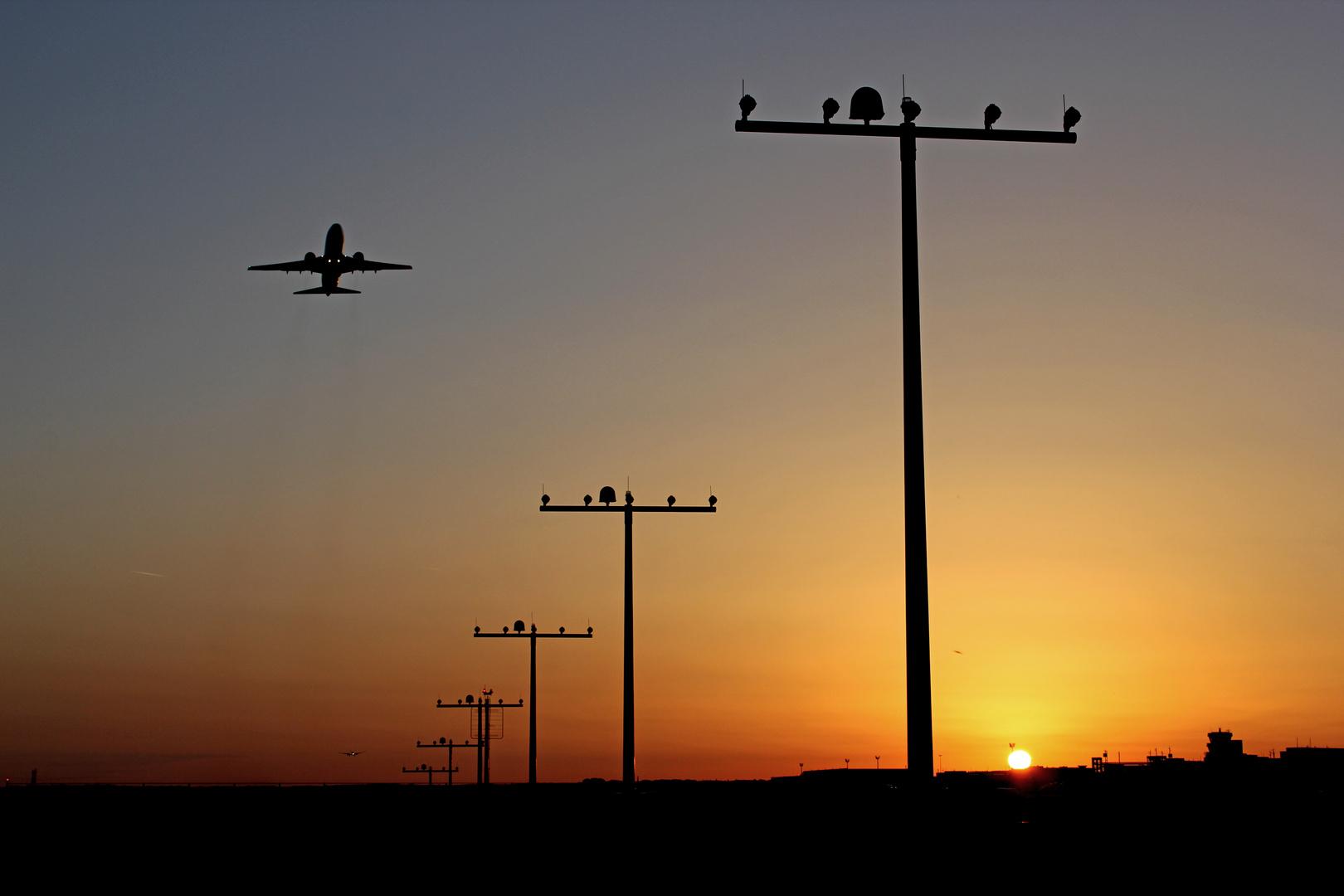 Ab In Den Süden Foto Bild Luftfahrt Passagiermaschinen Verkehr