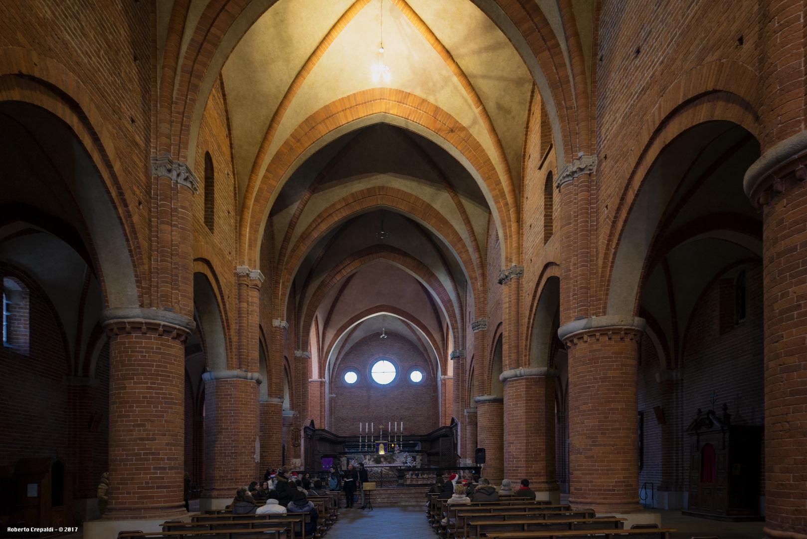 Abbazia di Morimondo, navata centrale
