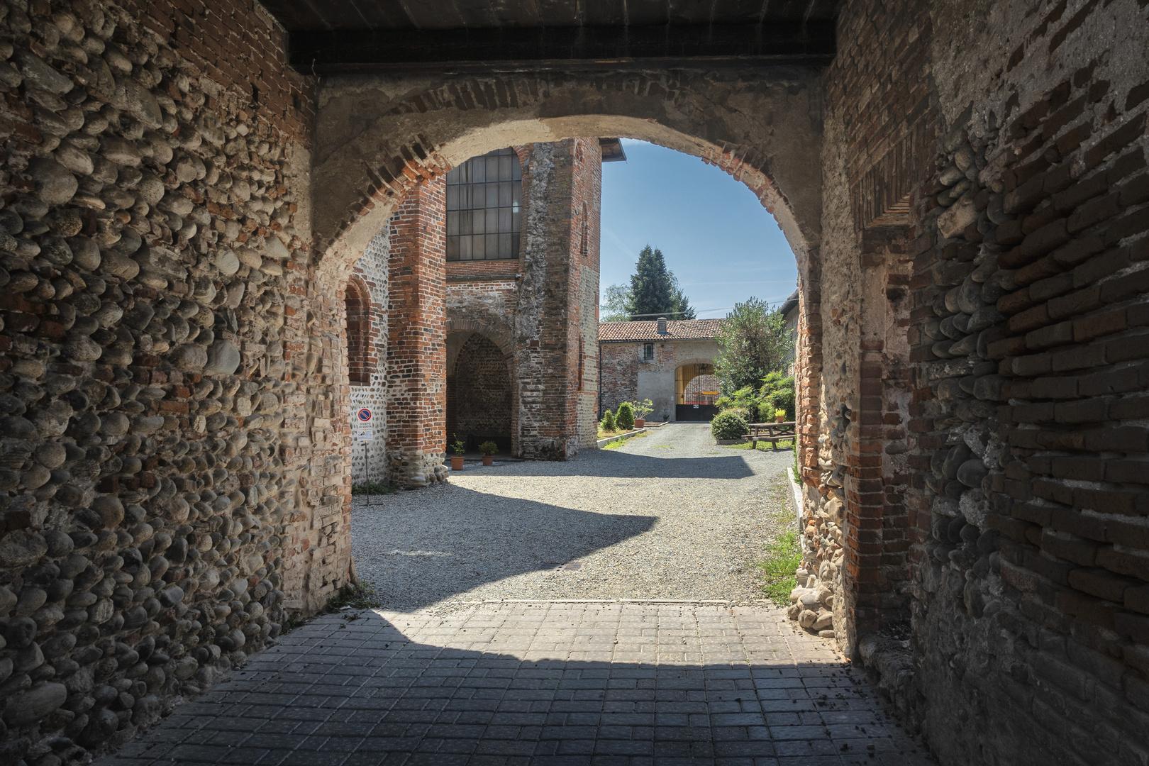 Abbazia San Nazzaro Sesia, Novara