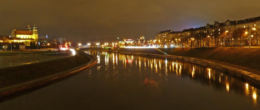 Abend an der Neris (Vilnius)