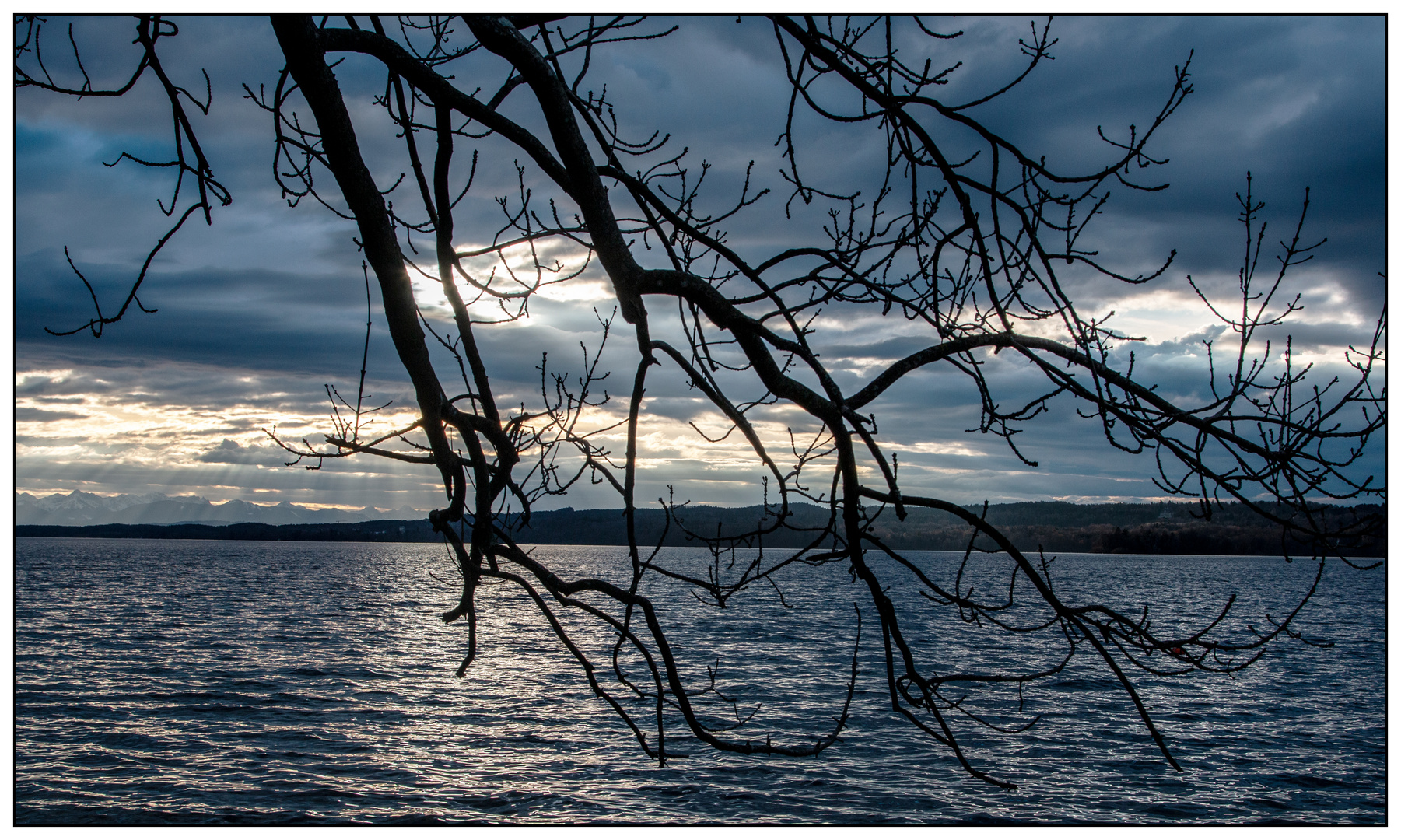 Abendblau am Starnberger See