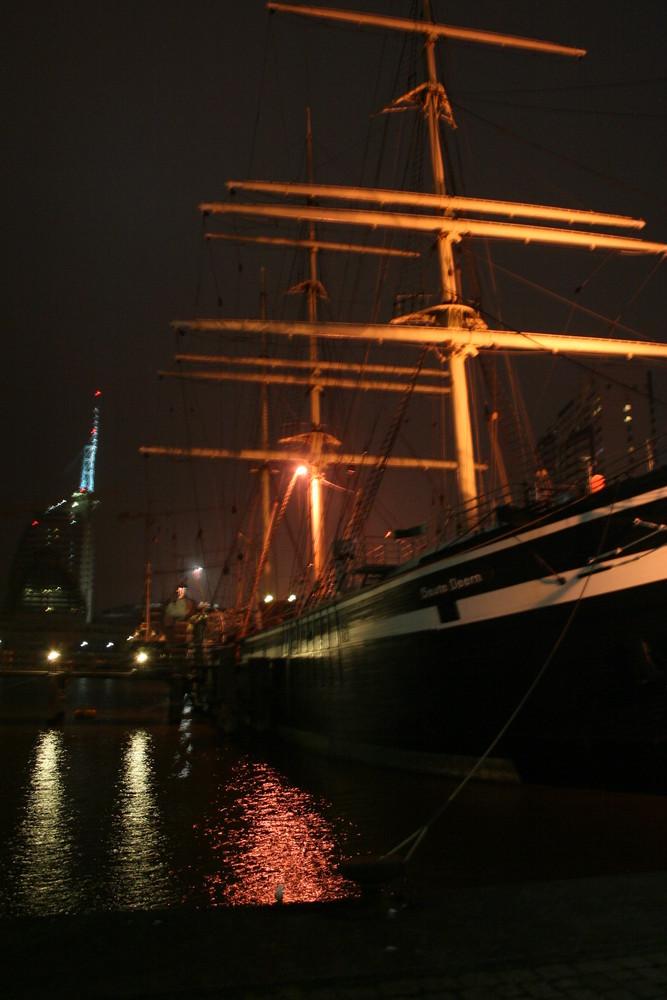 Abenddämmerung im Bootshafen