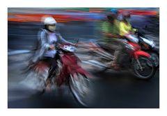 Abendfahrt durch Saigon