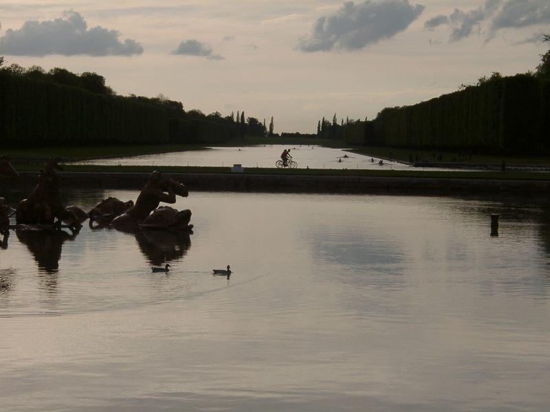 Abendidylle im Schlosspark von Versailles