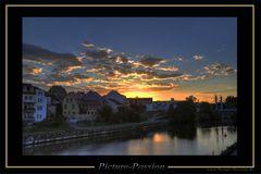 Abendlicher Blick von der Brücke