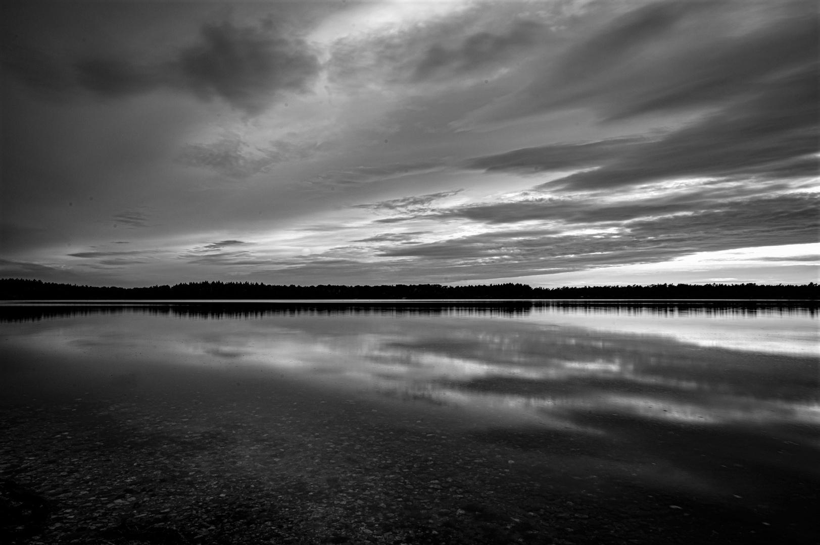 Abendliches Wolkenspiel am Reindersmeer