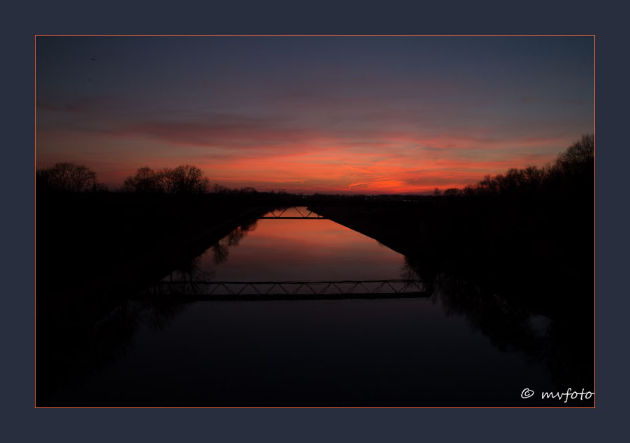 Abendrot am Wesel-Datteln-Kanal bei Dorsten