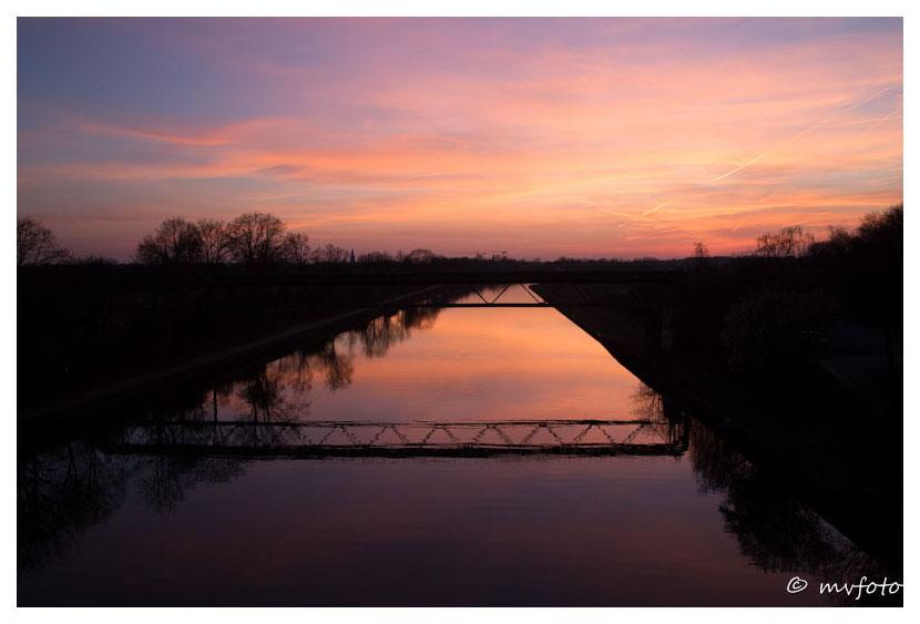 Abendrot am Wesel-Datteln-Kanal bei Dorsten heute Abend