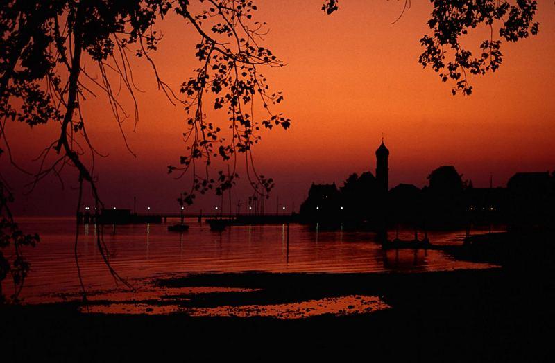 Abendrot über Wasserburg am Bodensee