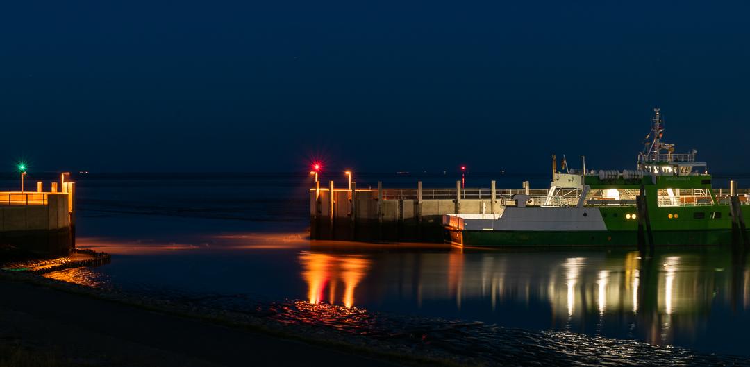 Abendruhe an der Hafeneinfahrt.