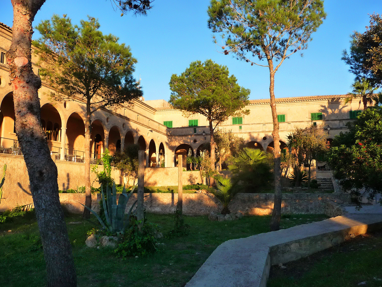 Abendruhe im Kloster