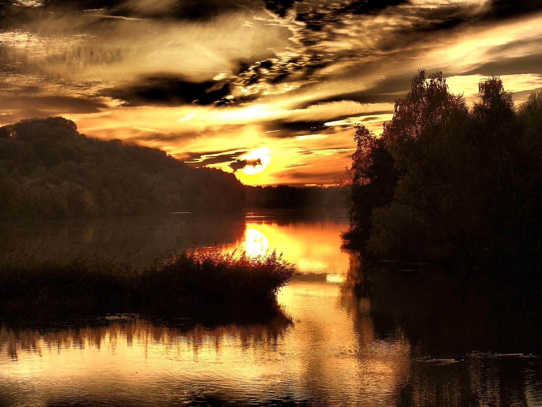Abends am Fluß 1