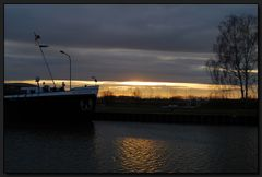 ...Abends am Mittellandkanal...
