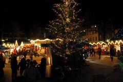 Abends auf dem Weihnachtsmarkt