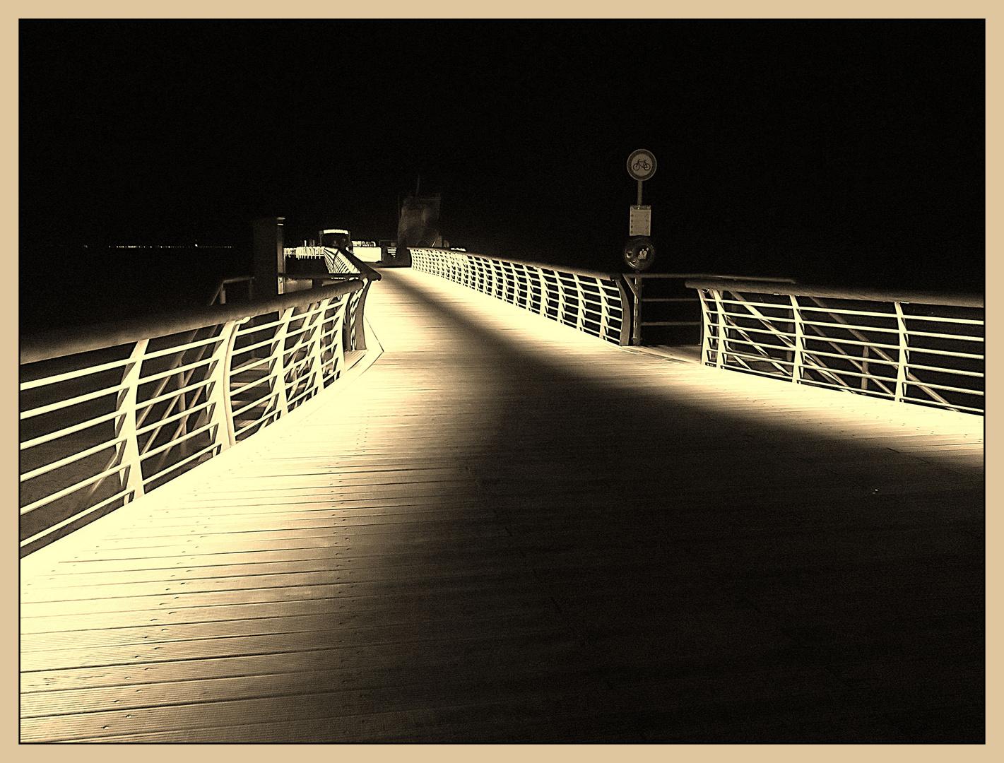 Abends auf der Seebrücke