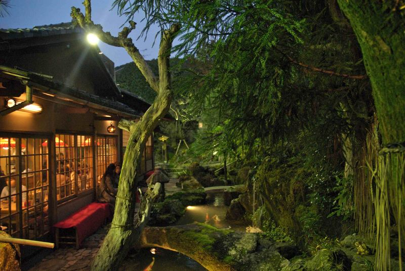 Abends in Kyoto, altes Restaurant