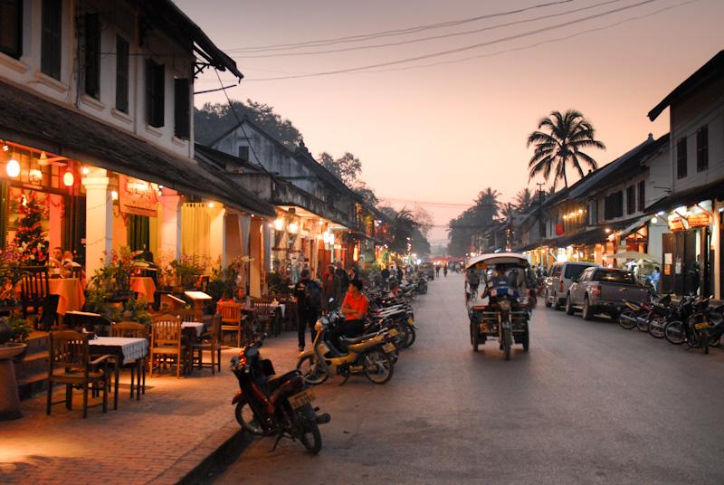 Abends in Luang Prabang