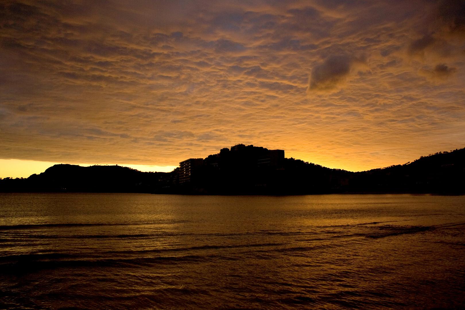Abendsonne am Mittelmeer.