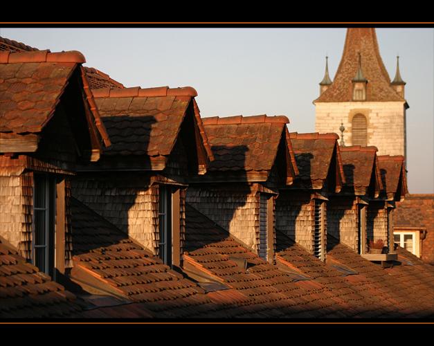 Abendsonne auf den Dächern von Murten