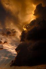 Abendsonne hinter Gewitterwolken #1