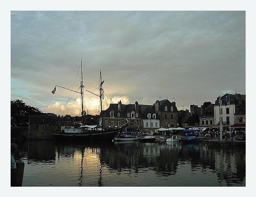 Abendstimmung am Hafen von Saint Goustan, Auray Finistere