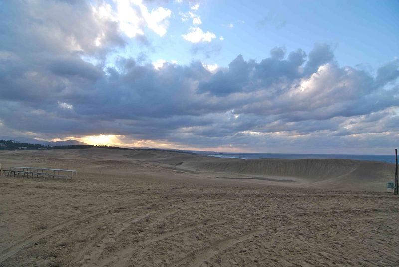 Abendstimmung an der großen Sanddüne in Tottori, Japan